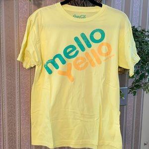 🌼Mellow Yellow Unisex T-Shirt